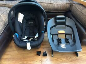Cybex for mamas & papas car seat with Cybex isofix base