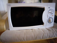 Curry's microwave - barely used
