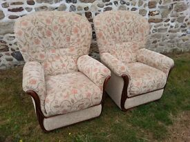 Pair of gorgeous Italian Call Salotti beige floral patterned upholstered chairs