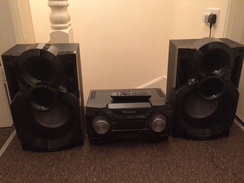 Panasonic SA-AKX400 600 watt stereo system, excellent condition