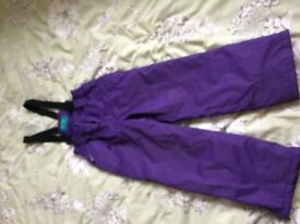 CHILDRENS SNOWTROUSERS age 7-8 EXCELLENT CONDITION