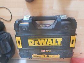 Dewalt courdless drill