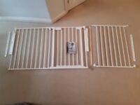 Room divide safety stair gate babydan