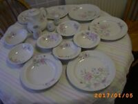 Crockery Set DinnerTea Breakfast Bristol (Oldland Common)