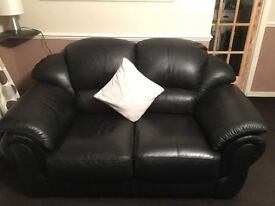 BLACK LEATHER COUCH 2 SEATER X 2