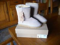 Brand New unworn Lady's Ugg Boots in original box UK size 6 1/2