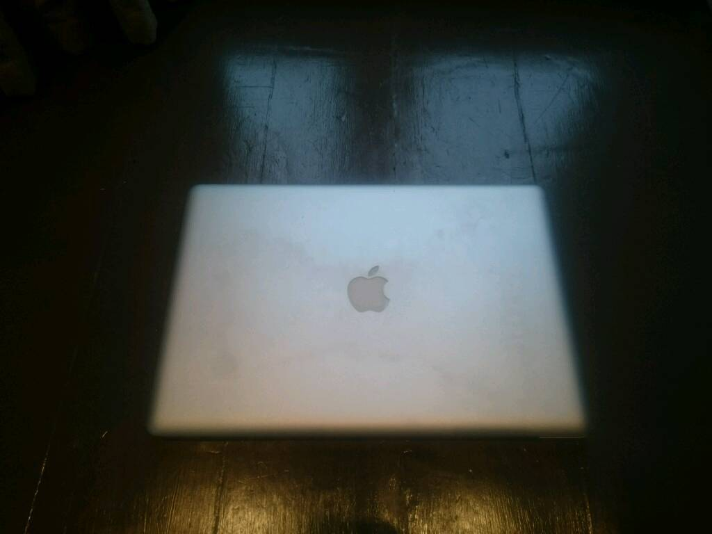 MacBook Pro (15 Inch, Early 2011)