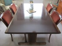 Stunning dining table and 4 chairs by Swedish manufacturer Ulferts Möble Vintage Design.