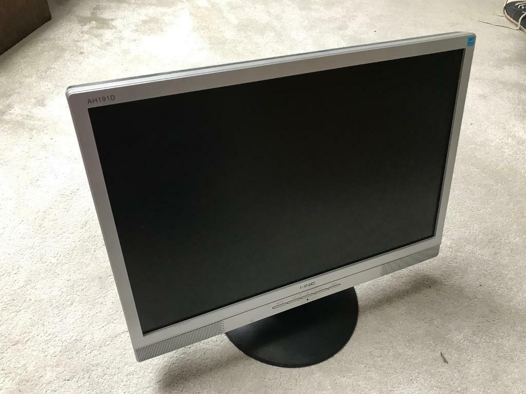 """17"""" Computer monitor & power cable"""