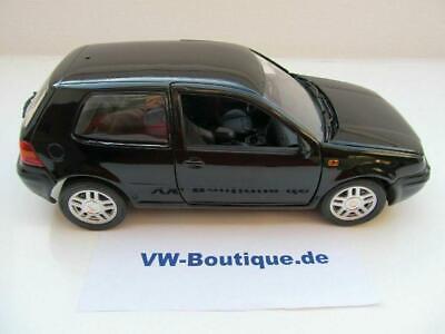 Volkswagen VW Golf 4 in 1:18 di Revell Nero 089459091 Nuovo Nur 700 Pezzo