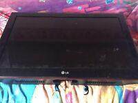 32 inch LG Plasma (spare or repairs)