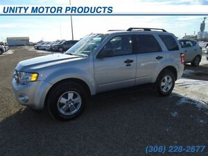 2011 Ford Escape XLT Automatic 3.0L- leather seats! fully loaded