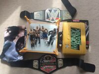 WRESTLING WWE BUNDLE / toys