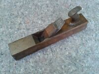 OLD WOODEN WOODWORKING PLANE