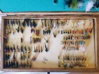 Old/vintage fishing flys approx 300