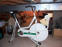MONARK TESTING/TRAINING BICYCLE ERGOMETER