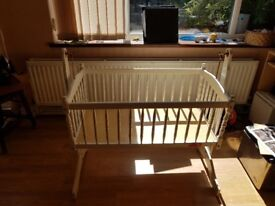 FREE Swinging babies cot. Muat be able to collect. See full description for details