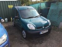 03 Renault kangoo disability vehicle or can be van 1 years mot only 33000 miles lovely driver