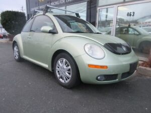 2008 Volkswagen Beetle 2.5L LEATHER, SUNROOF, & FRESH 2-YEAR MVI