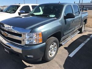 2011 Chevrolet Silverado 1500 LT  4 Door, Tonneau Cover, Very Cl