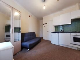 Lovely self-contained studio flat in Willesden Green