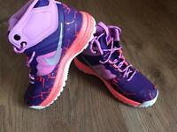 Brand New Genuine Nike Dual Fusion Hills Mid Lava