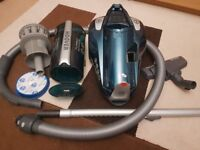 Hoover Turbo Power Bagless Pets Cylinder Vacuum Cleaner