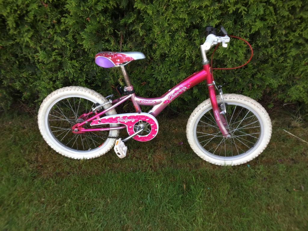 "Falcon Cherry Push Bike Bicyclein Splott, CardiffGumtree - Falcon Cherry Push Bike Bicycle Good Condition 18"" Wheels Push BikeAny questions email please Thank You"
