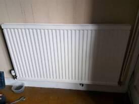 Double radiator good condition 127cm x 73cm
