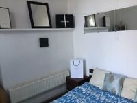 31 Cedar Terrace Flat 1-SPACIOUS 1 BED FLAT-MOST BILLS INCLUDED-LOCATED IN ARMLEY-ONLY £450 PCM!!