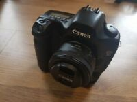 Canon 5d Classic MK1 Body only MINT and BG-e4 Battery Grip included!