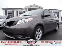 2012 Toyota Sienna LE 8 Passenger ONLY $158.15 BI WEEKLY!!!