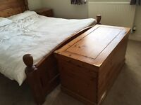 Bedroom furniture solid pine wood 5 pieces for sale
