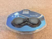 Brand new Zoggs Fusion Air goggles