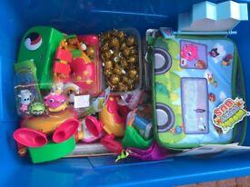 Moshi Monsters job lot 4 boxes full plus bags