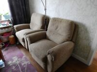 2 ARMCHAIRS FREE TO COLLECT