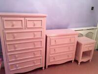 Beautiful pink bedroom drawers set