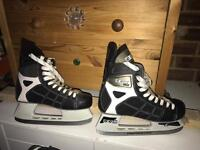 Ice skating boots CCM Size 10