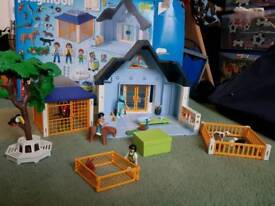 Playmobile Vets clinic and therate