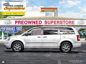 2010 Chrysler Town & Country >>>Limited w/NAV & 4.0L<<< Windsor Region Ontario image 3