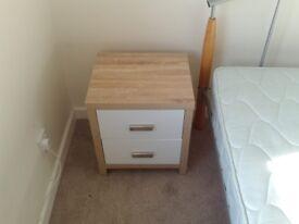 2 Drawer Oak Effect Bedside Cabinet White Wood Modern Bedroom Table Furniture