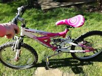 Childs bicycle 5-8 years