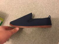 FLOSSY Navy Arnedo Slip on Plimsoll Size 7 UK