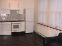 1 Bedroom flat in great location - Spacious & Fully furnished. All mod cons. Separate shower room