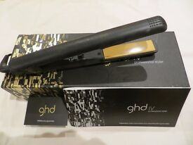 *** Genuine GHD IV 4.2B Hair Straighteners With Auto Shut Off And Original Box ***