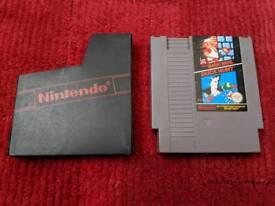 Super Mario bros / Duck hunt cart - Nintendo - NES with carry sleeve
