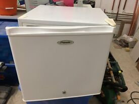 Counter top Freezer (Fridgemaster)