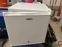 Counter top Freezer (Fridgemaster)