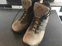 Solomon climadry contagrip hiking boots