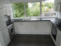 Stunning one bed 1ST floor flat situated in BUCKHURST HILL